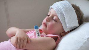 درمان خانگی تب نوزاد